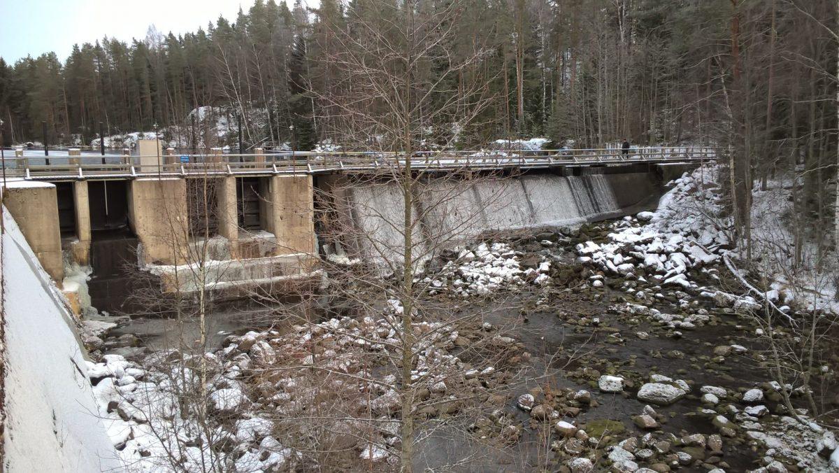 Vesilain mukaiset lupahakemukset Kangaskoski ja Lahnasenkoski